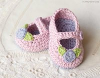 Mary-Jane-Rosebud-Baby-Booties-Crochet-Pattern-6.jpg