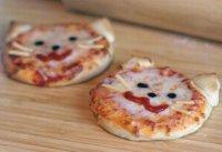 cica pizza.jpg