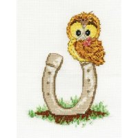 Woodland Folk Ollie Owl with Lucky Hoseshoe DMC BK1198.jpg