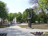 Felszabadulási emlékmű - Makrisz Agamemnon .JPG
