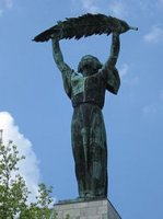 188px-Szabadsag-szobor-Budapest-IMG_0297.JPG