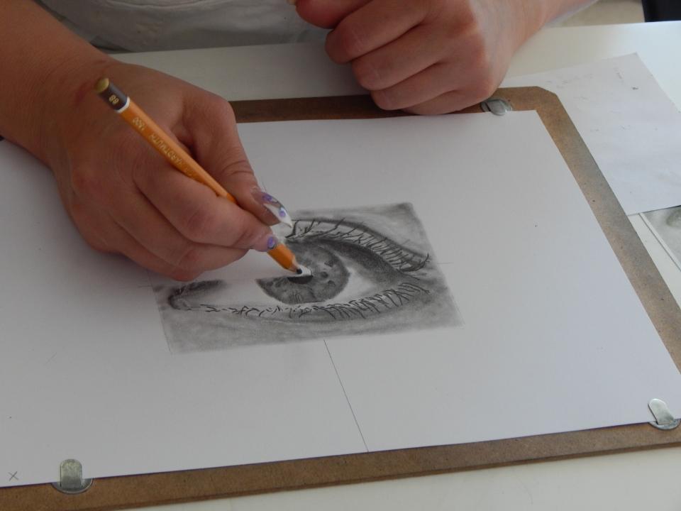 Évi kreatívkodik