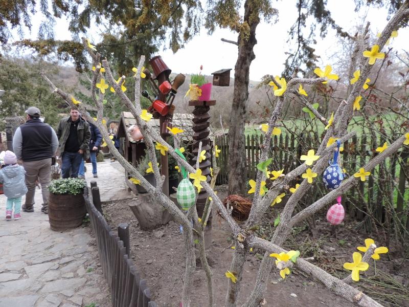 Hollókő - Húsvétkor